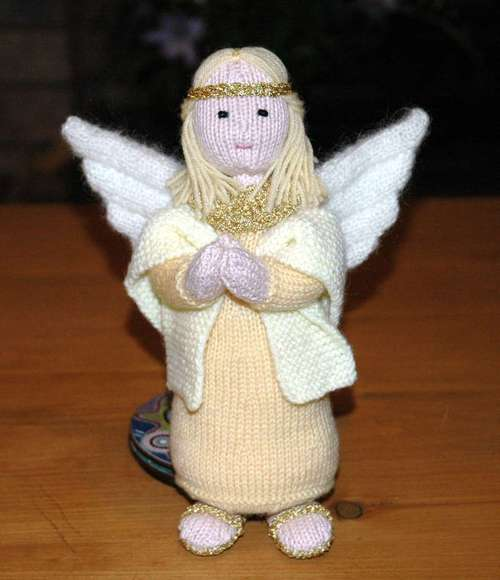 What I knitted next - 2005: Alan Dart Nativity Angel